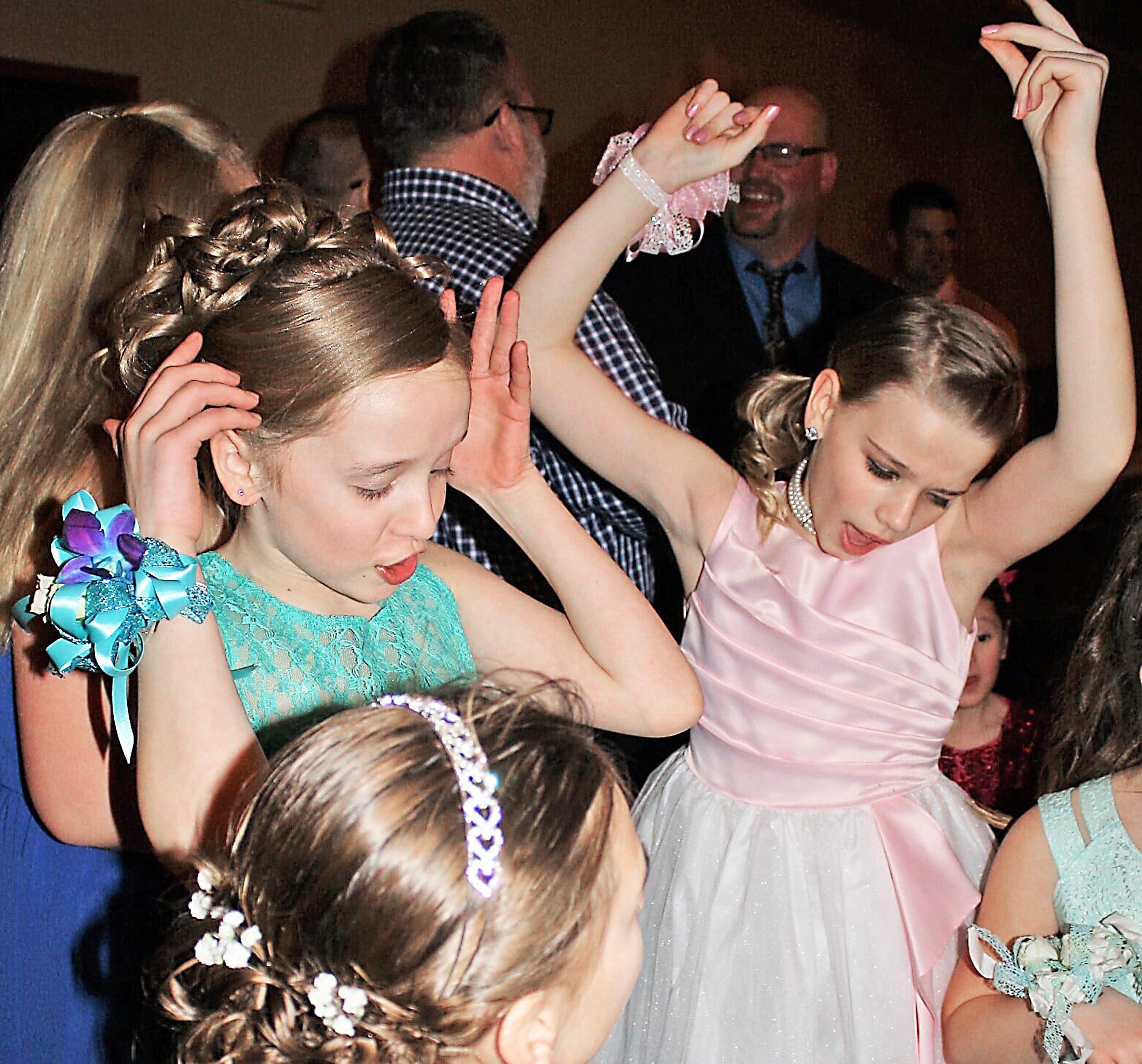 IC father-daughter dance raises money for literacy