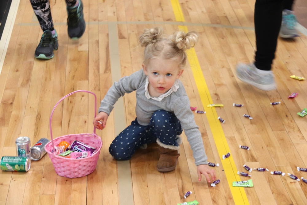 Kids hop on over to Easter Egg Hunt to haul in candy