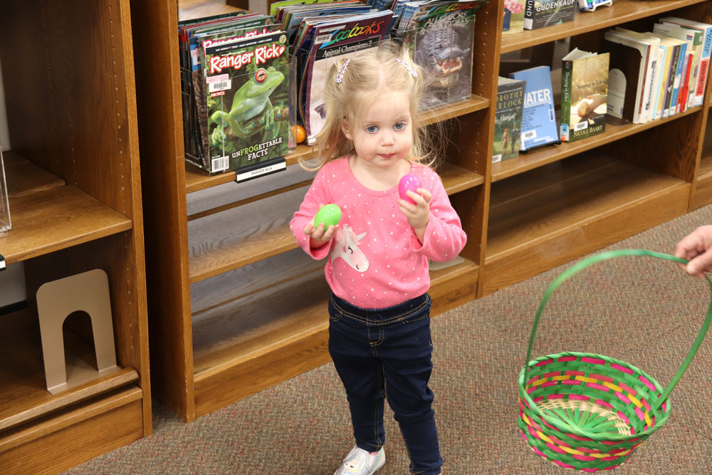 Charles City Library holds Easter Egg Hunt for first ever Tuck-In Tuesday