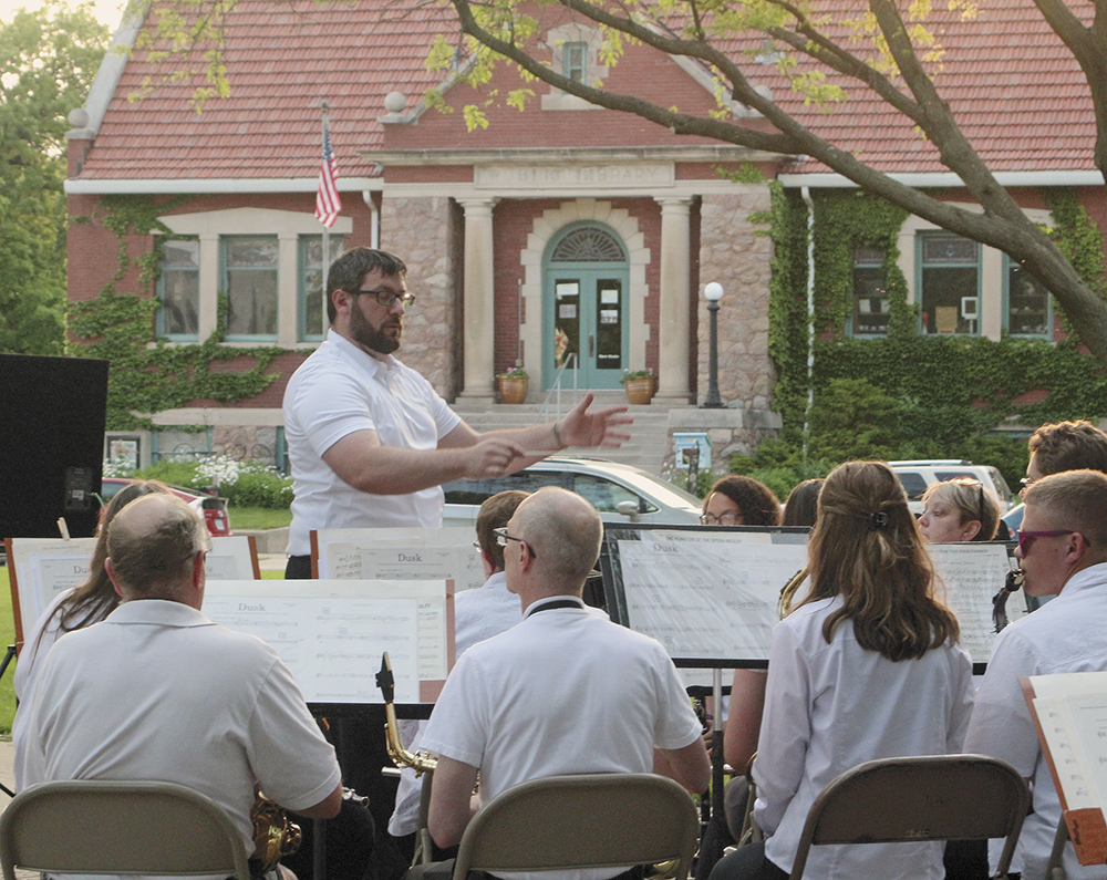 Marches at Sunset: CC Municipal Band kicks off 39th season