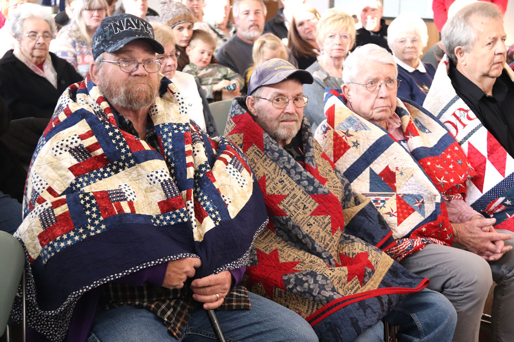 Floyd County Quilts of Valor recognize 11 veterans