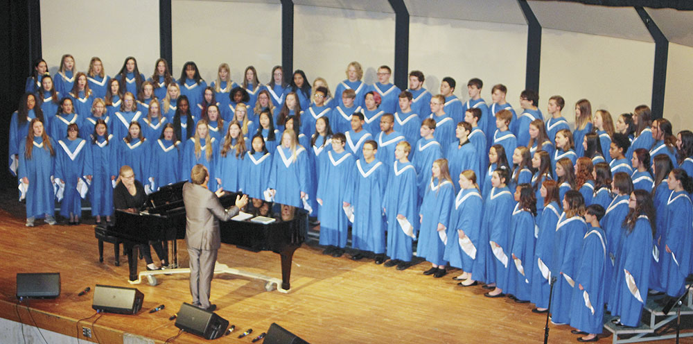 CCHS vocalists perform first concert of school year