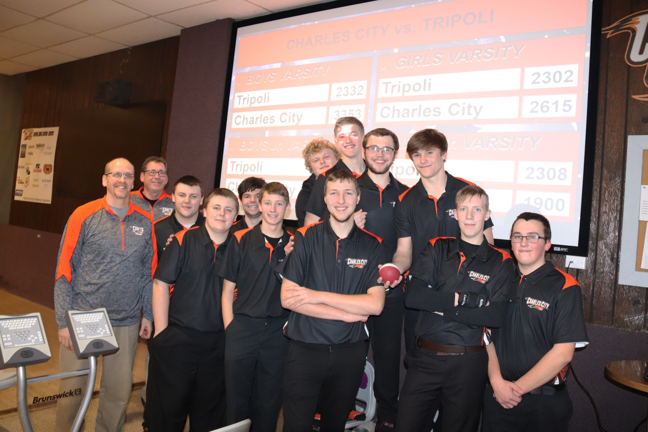 Comet boys re-set school bowling record by 84 pins