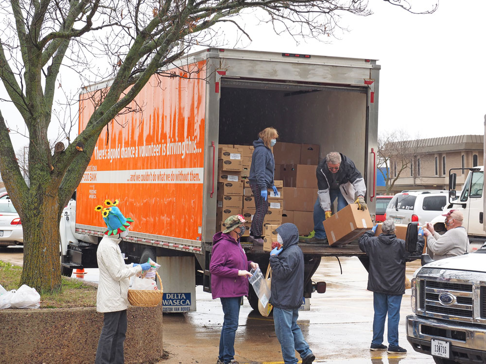 Food bank brings the pantry to the people in Charles City