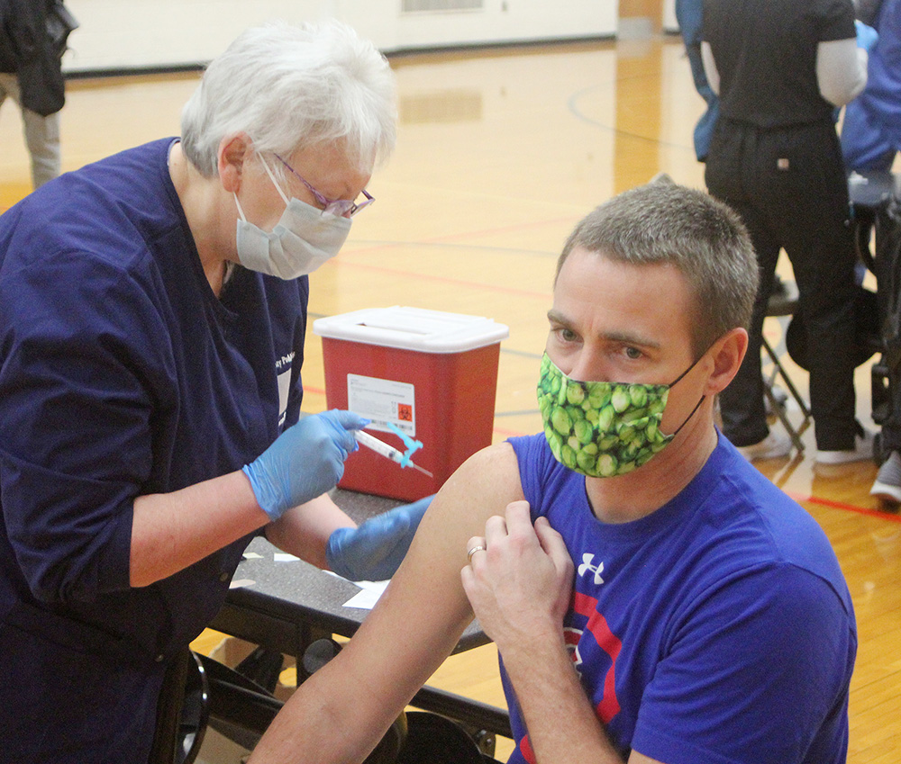 Charles City teachers, staff receive COVID vaccinations