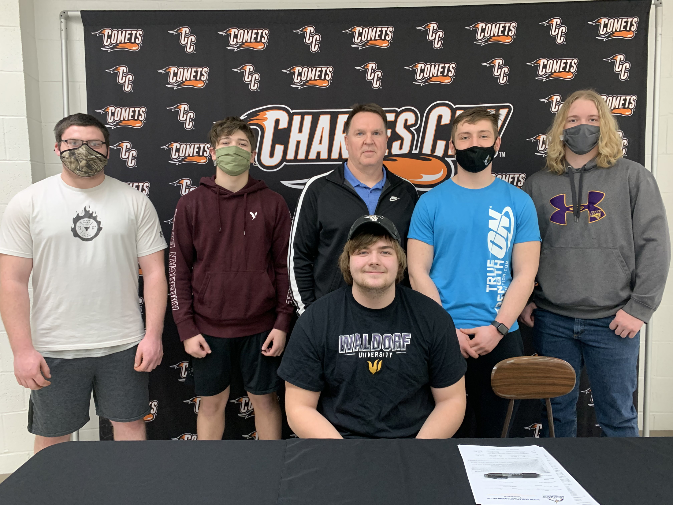 Comet linemen Cole White and William Wilson to play for Waldorf