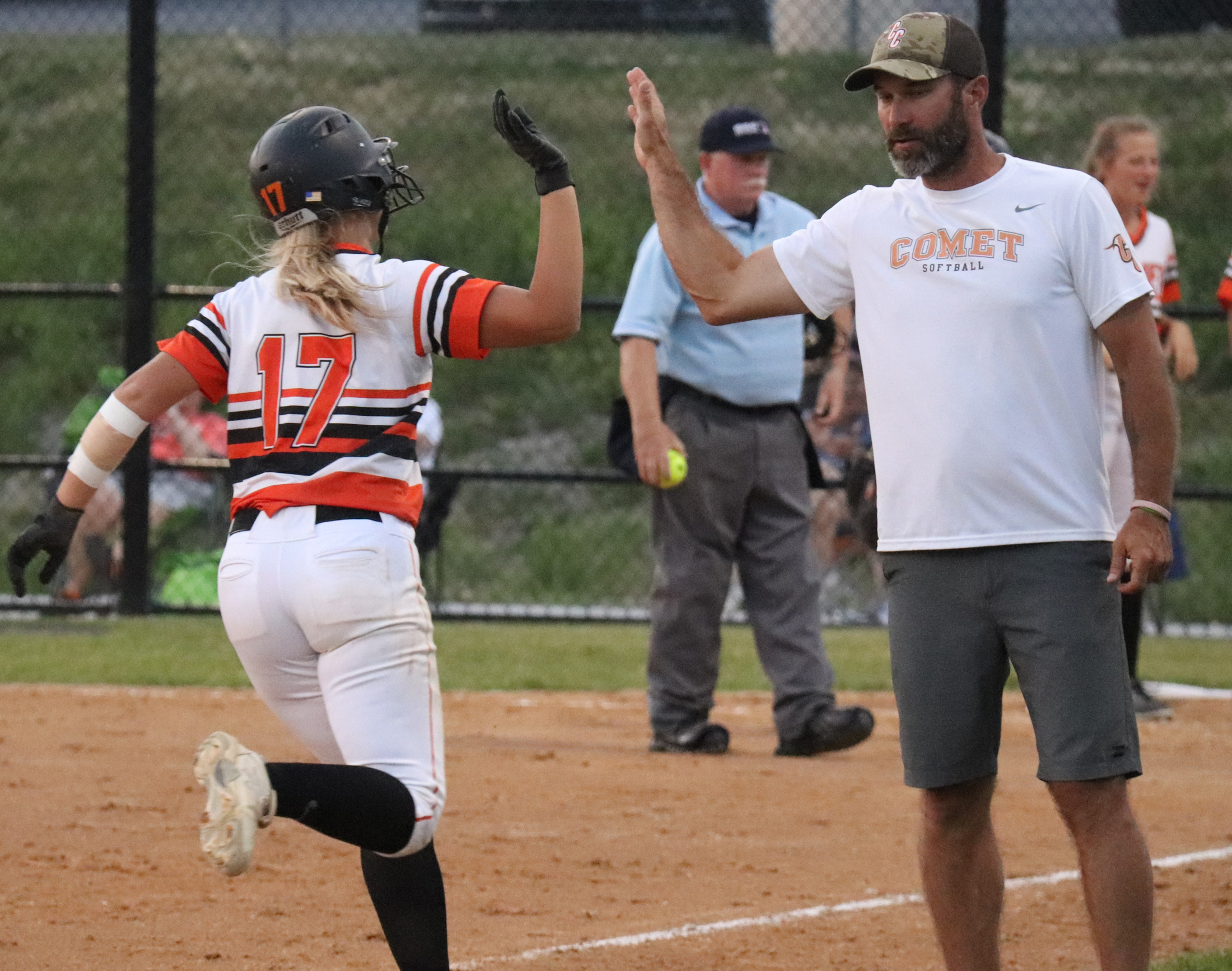 Power and speed propel Comets past Indians 12-2