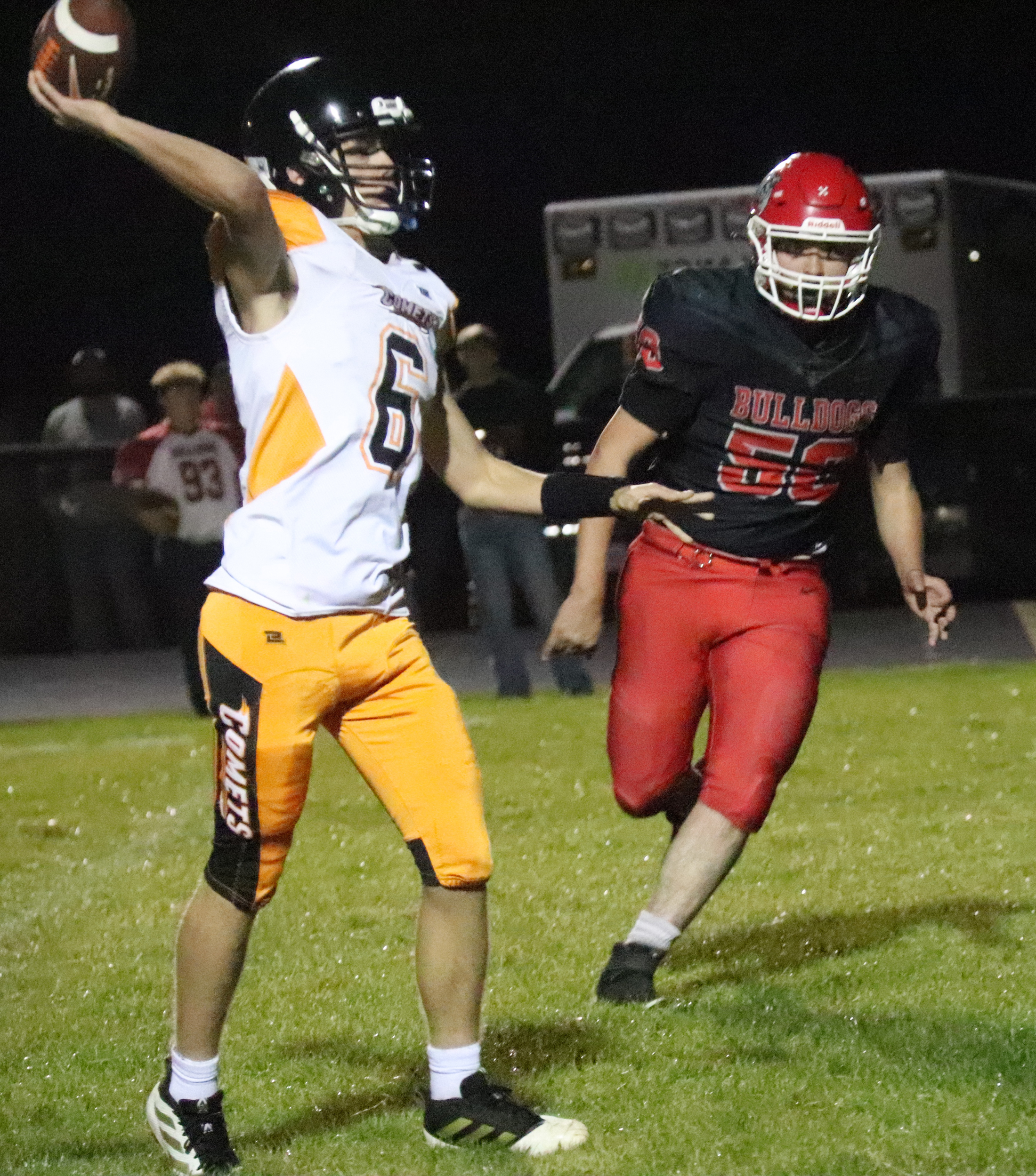 Bulldogs turn turnovers into quick points in 49-14 win over Comets